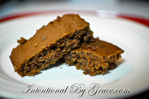Unbelievable Chocolate-Applesauce Bars, simple treat idea for having people over for dinner