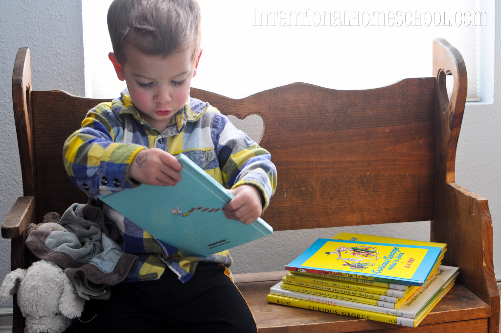 Reading Curious George Flies a Kite, reading aloud with toddlers
