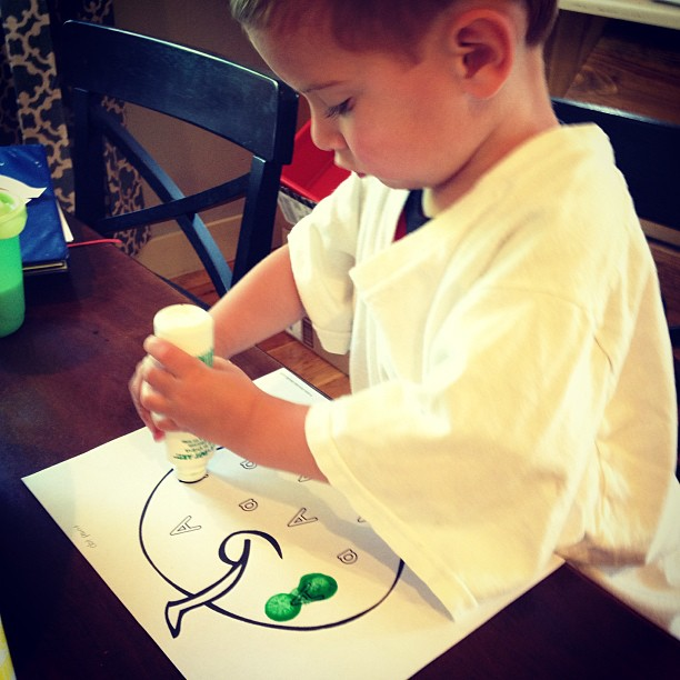 Dot painting the Letter A