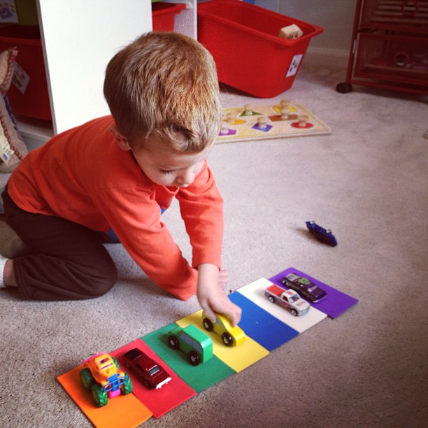 toddler tray - color matching trucks