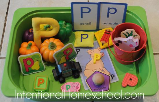 letter p sensory bin