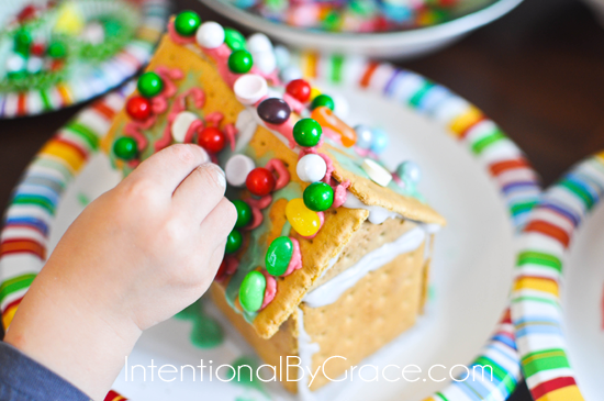 how to have a gingerbread house party at intentionalbygrace.com