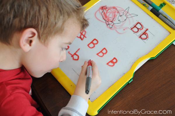 letter B tracing- homeschool preschool learning