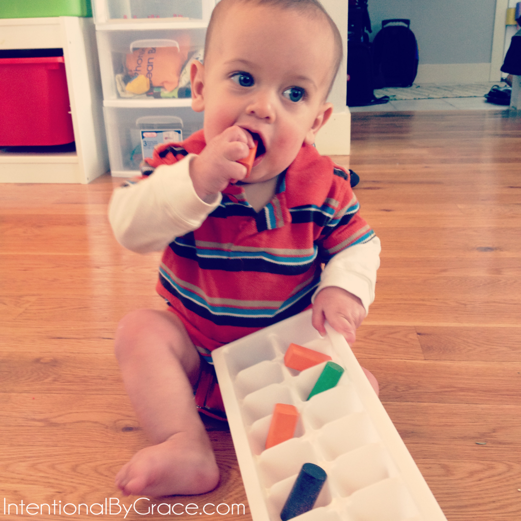 Busy box ideas for babies and toddlers! | IntentionalByGrace.com