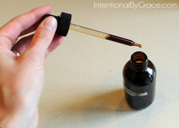 How to make an herbal tincture at home!