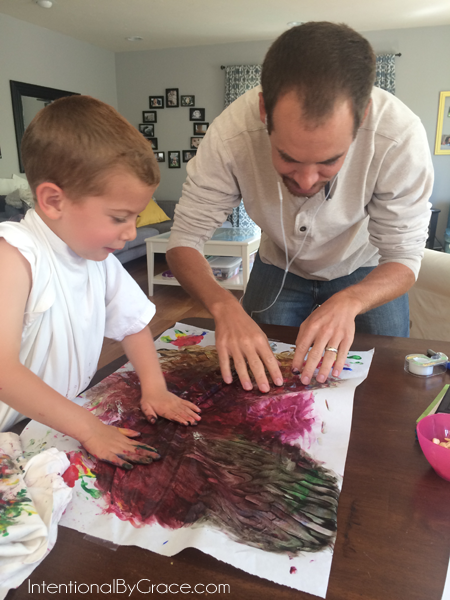 finger painting with daddy