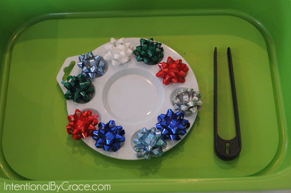 christmas bows toddler tray