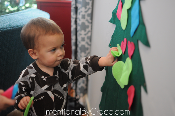 playing with felt christmas tree