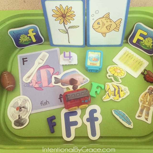 letter f sensory bin