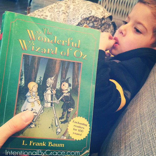 reading the wizard of oz