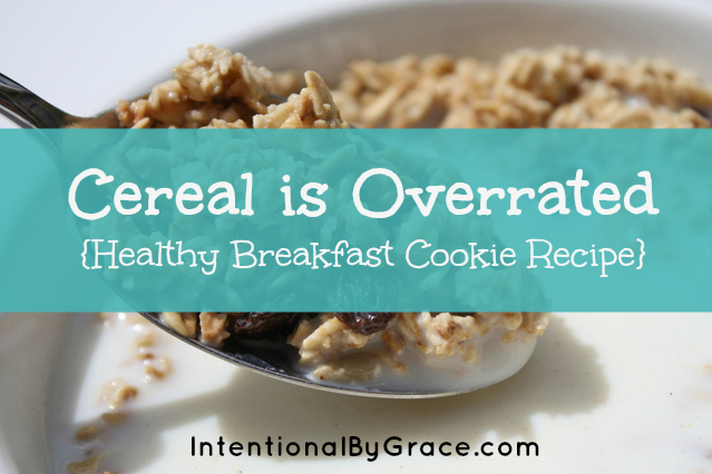 Easy, healthy, yummy breakfast cookies you can make with the kids for a grab-and-go breakfast or snack!