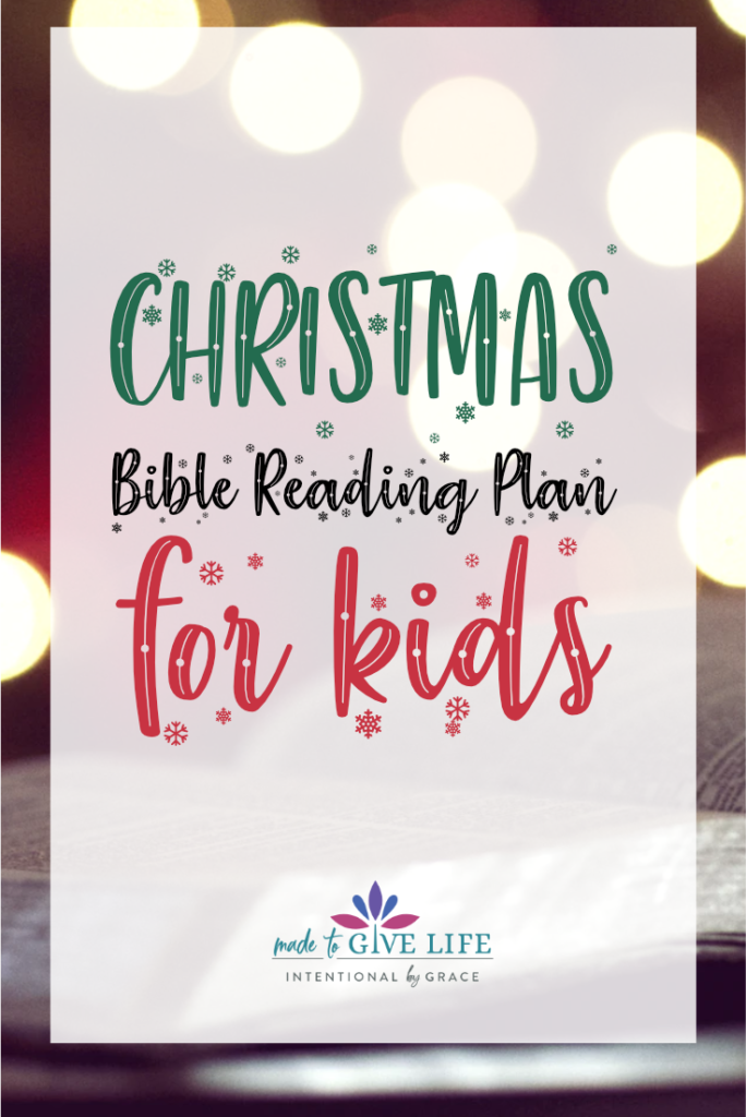 Free Christmas Bible Reading Plan for Kids that they can do by themselves! Perfect for ages 8-12 years old!